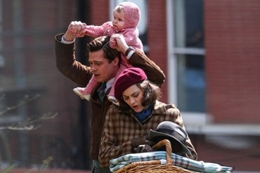 "Family idyll: brad pitt and Marion Cotillard on the set of the drama ""Five seconds of silence"" in London"