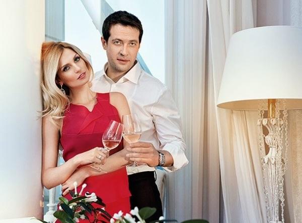 Саша Савельева показала романтичное фото с мужем