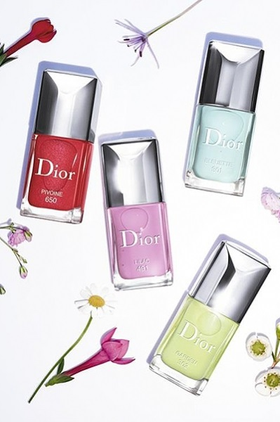 Весне дорогу: бьюти-новинки Dior, Guerlain, Chanel, Urban Decay