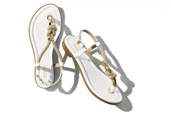 Michael Kors представил коллекцию обуви для модных путешественниц