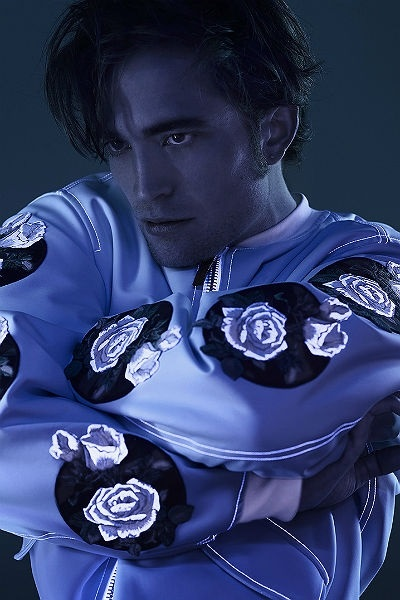 Из вампиров в дизайнеры: Роберт Паттинсон тайно занялся дизайном одежды