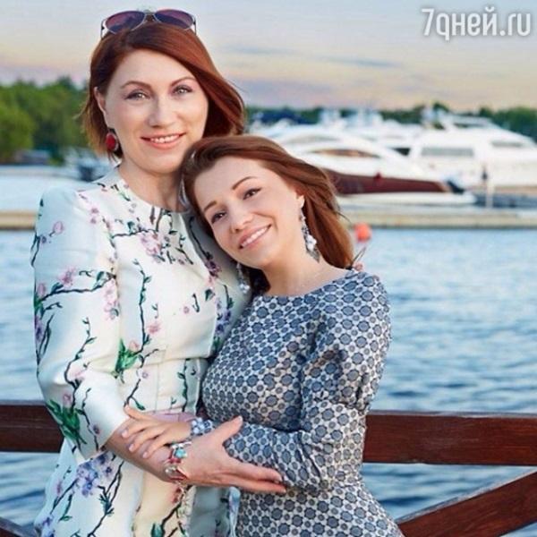 Роза Сябитова учит дочь прощать измены мужа