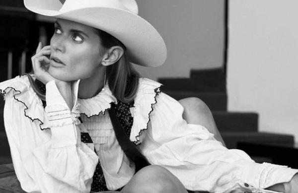Малгосия Бела снялась в кавер-стори для испанского Vogue