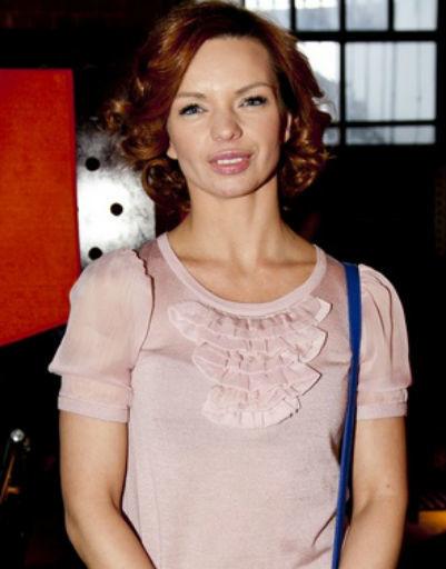 Ольга Бузова блеснула на премьере телесериала