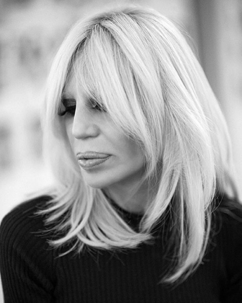 Донателла Версаче выпустит книгу о себе и своем бренде