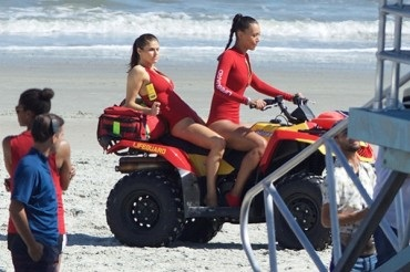"Zac Efron, Alexander Daddario and Dwayne Johnson on the set of ""Baywatch"""