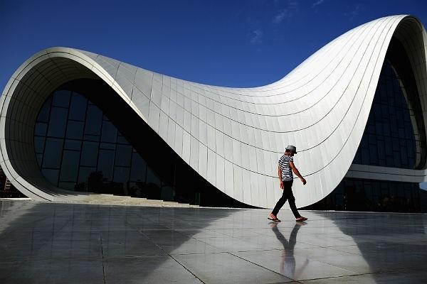 Умерла самая знаменитая в мире женщина-архитектор Заха Хадид