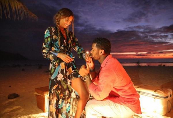 Сиара выходит замуж за Расселла Уилсона: фото и видео помолвки