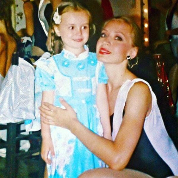 Мама Полины Гагариной запрещает ей поправляться