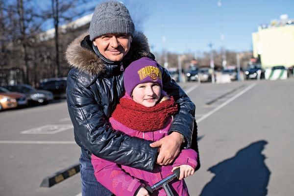 Звезды сериала «Физрук» устроили сюрприз воспитанникам детдомов