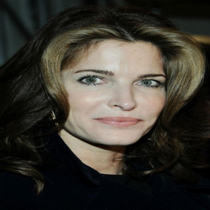 Суд обязал Стефани Сеймур посещать встречи анонимных алкоголиков