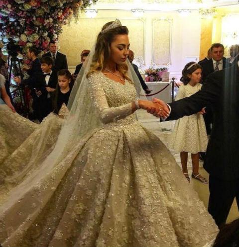 Западные СМИ унизили звезд, спевших на свадьбе сына Михаила Гуцериева