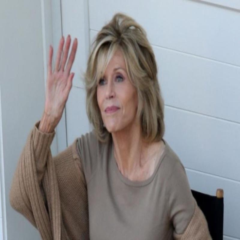 Джейн Фонда обвинила в своей булимии отца