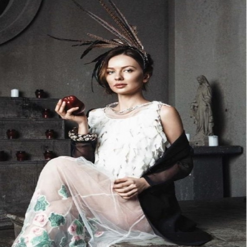 Модель Елена Болдырева украсила обложку «Cabinet de l'ART»