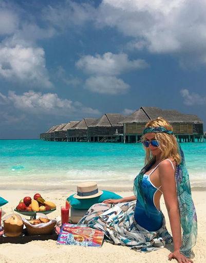 Плющенко и Рудковская устроили роскошный отдых на Мальдивах