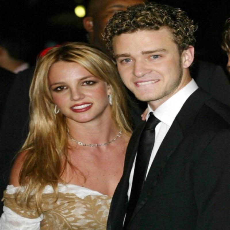 Джессика Бил запретила мужу работать с Бритни Спирс из-за ревности