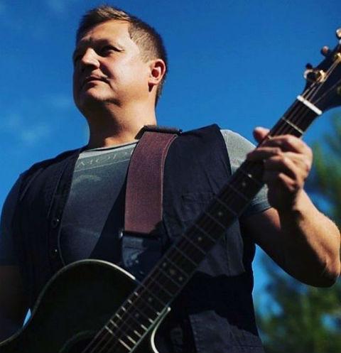 Избитый гитарист «Любэ» перенес трепанацию черепа