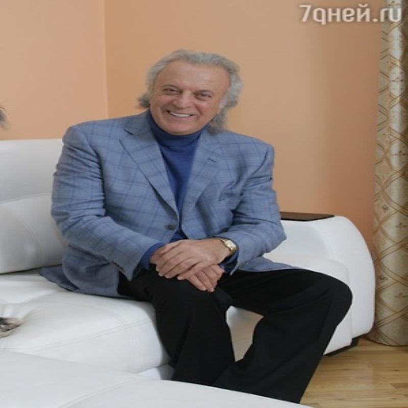 Илья Резник празднует день рождения на Кавказе