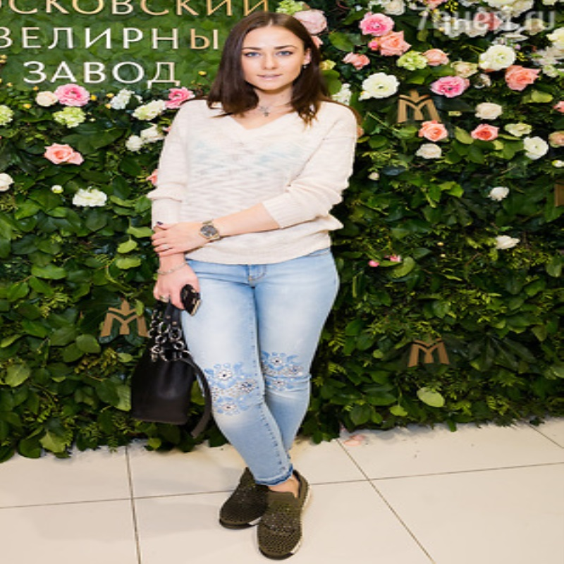Ирина Безрукова, Юлия Пересильд и Анна Снаткина подобрали себе бриллианты