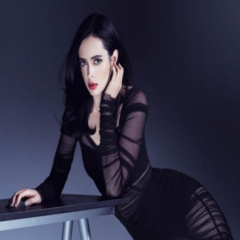 Кристен Риттер позирует для Glamour