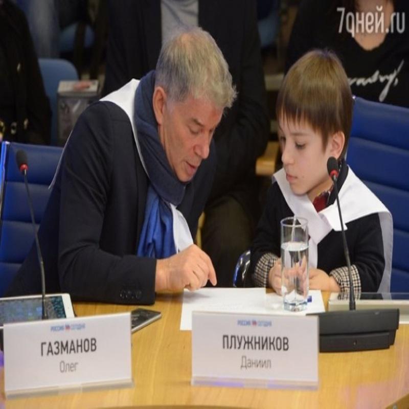Олег Газманов спел дуэтом со звездой проекта «Голос. Дети»