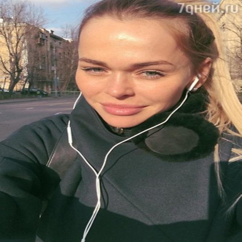 Анна Хилькевич удивила фотографией без макияжа