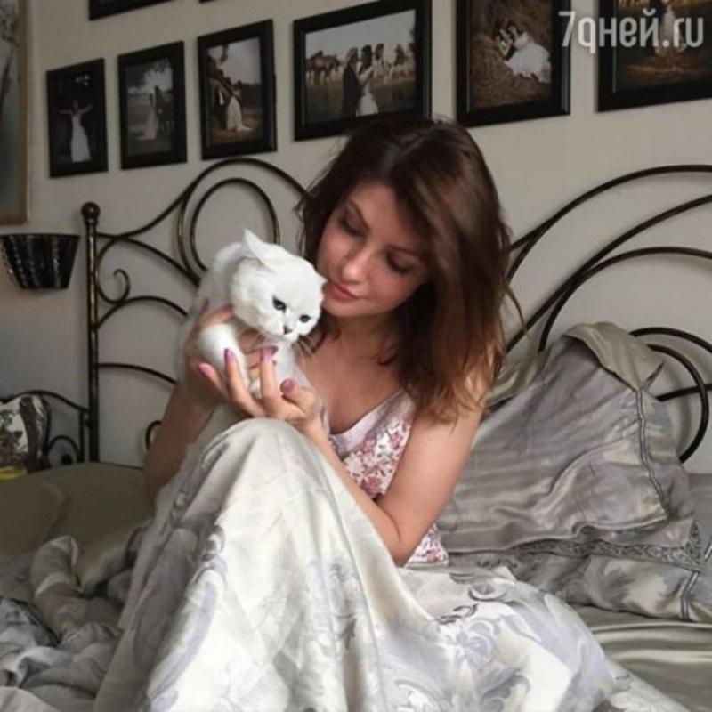 Анастасия Макеева попросила помочь ей найти жениха