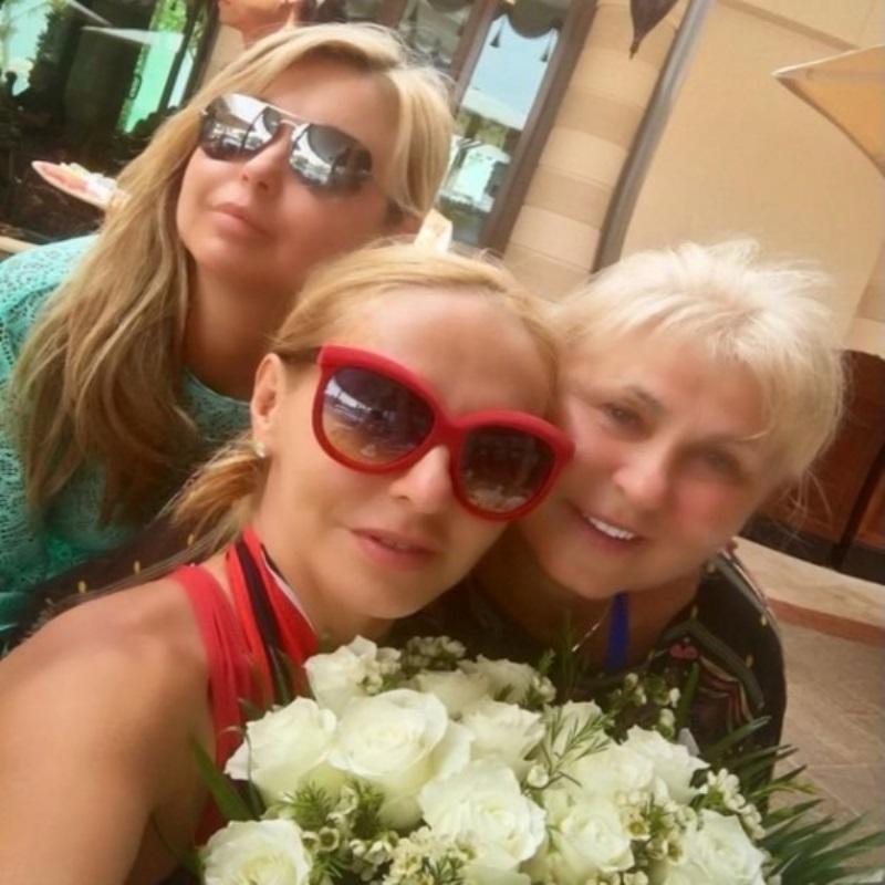Татьяна Навка рассказала о том, как отпраздновала свой день рождения, и о подарке супруга Дмитрия Пескова