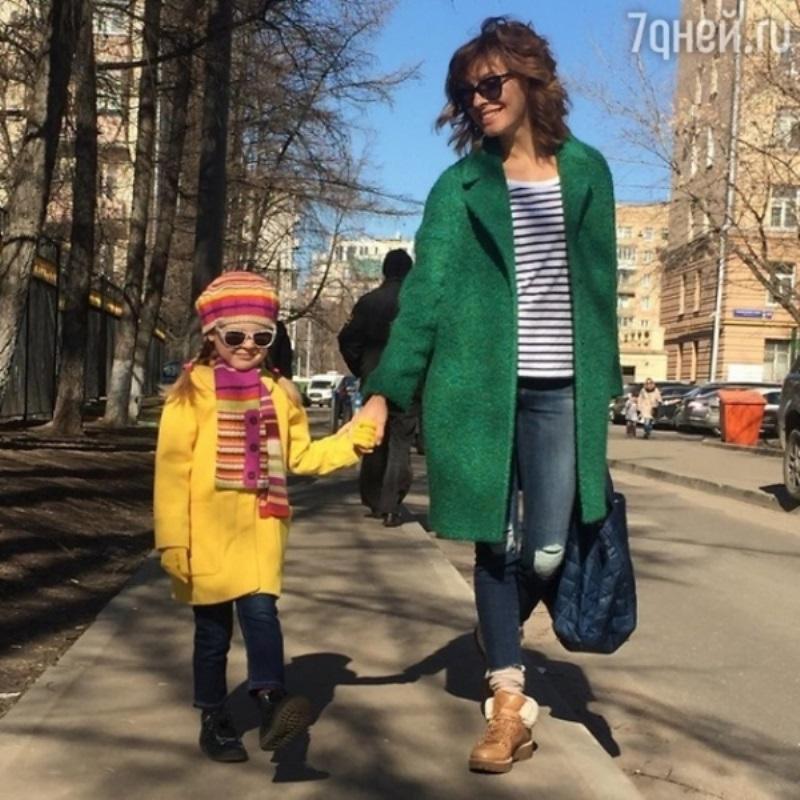 Елена Подкаминская показала дочь