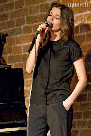 Аня Чиповская дала сольный концерт