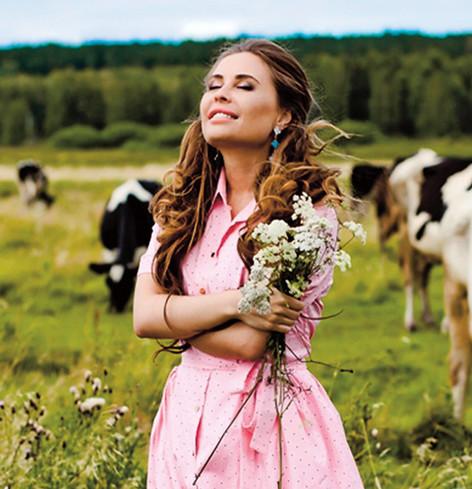 Актриса Юлия Михалкова выпустила семена для огорода