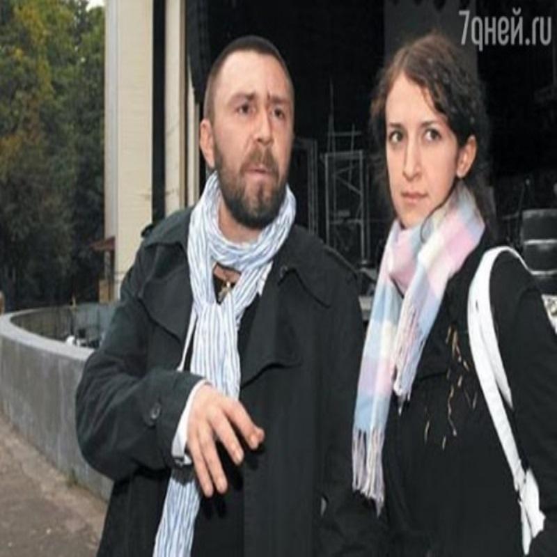 Сергей Шнуров получил в подарок от жены авто за 6 миллионов