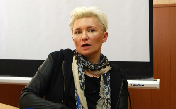 «Квартирник» в ОмГУ: Диана Арбенина покорила омских студентов