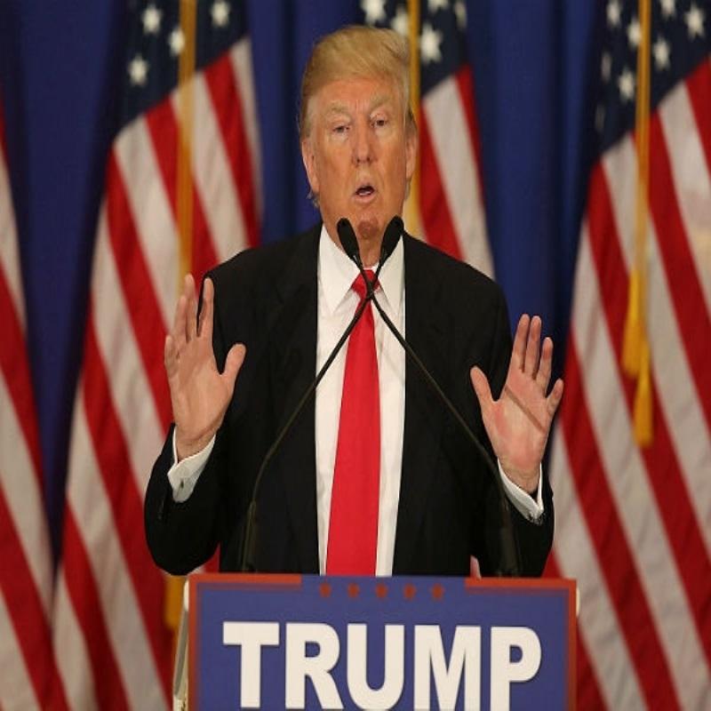 Дональд Трамп хочет, чтобы Лена Данэм и Вупи Голдберг уехали из США