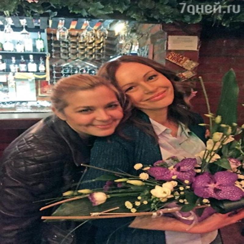 Ирина Безрукова устроила джинсовую вечеринку