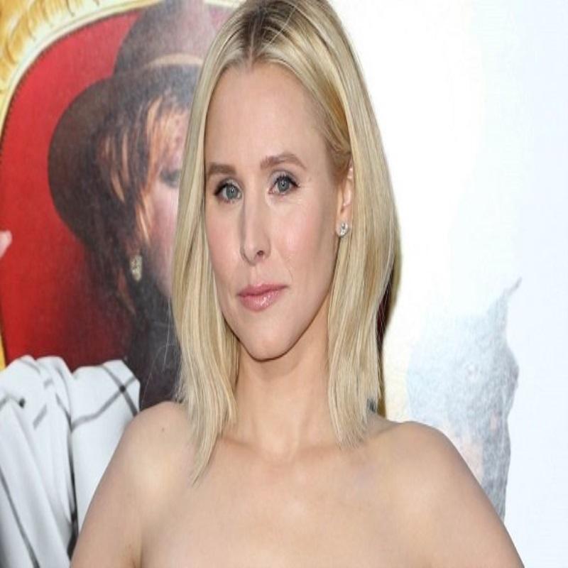 Кристен Белл посетила красную дорожку в Голливуде в шикарном платье
