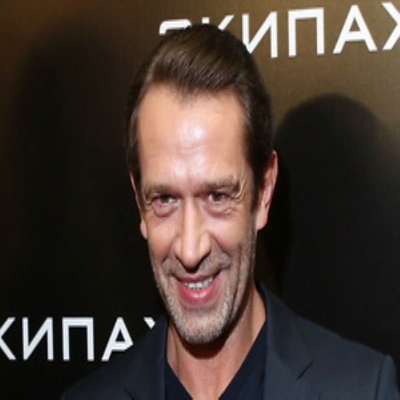 Анна Снаткина и Ольга Кабо познакомились с легендами кино