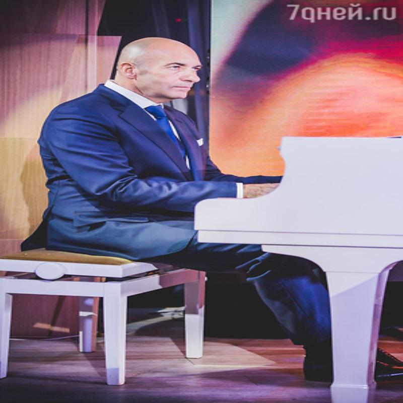 Ани Лорак и Игорь Николаев поддержали Игоря Крутого