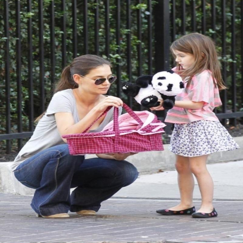 Том Круз снова пропустит день рождения дочери