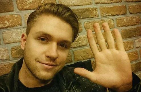 Влад Соколовский поскандалил в аэропорту