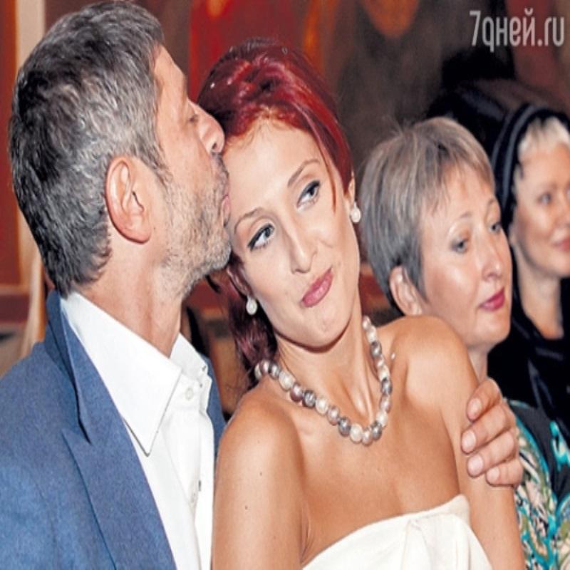 Жена Валерия Николаева подала на развод