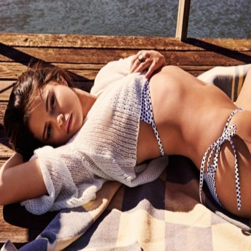 Селена Гомес снялась в пикантной фотосессии для GQ