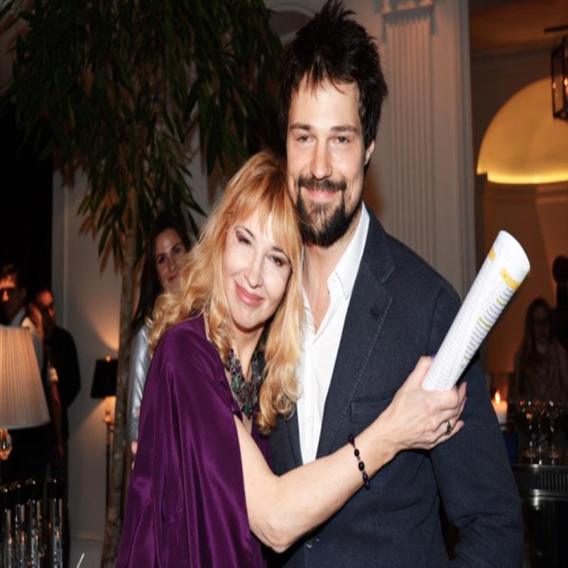 Данила Козловский рассказал, как мама влияет на его личную жизнь