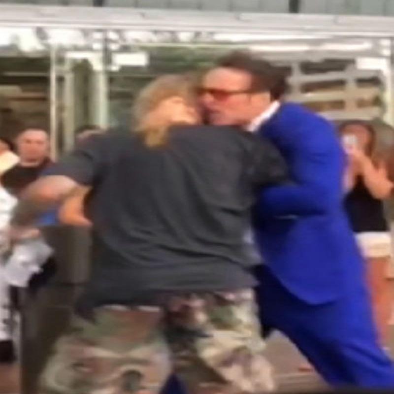Звездный бой: Николас Кейдж подрался в Вегасе с музыкантом Винсом Нилом