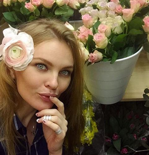 Елена Кулецкая пожаловалась на осложнения во время беременности