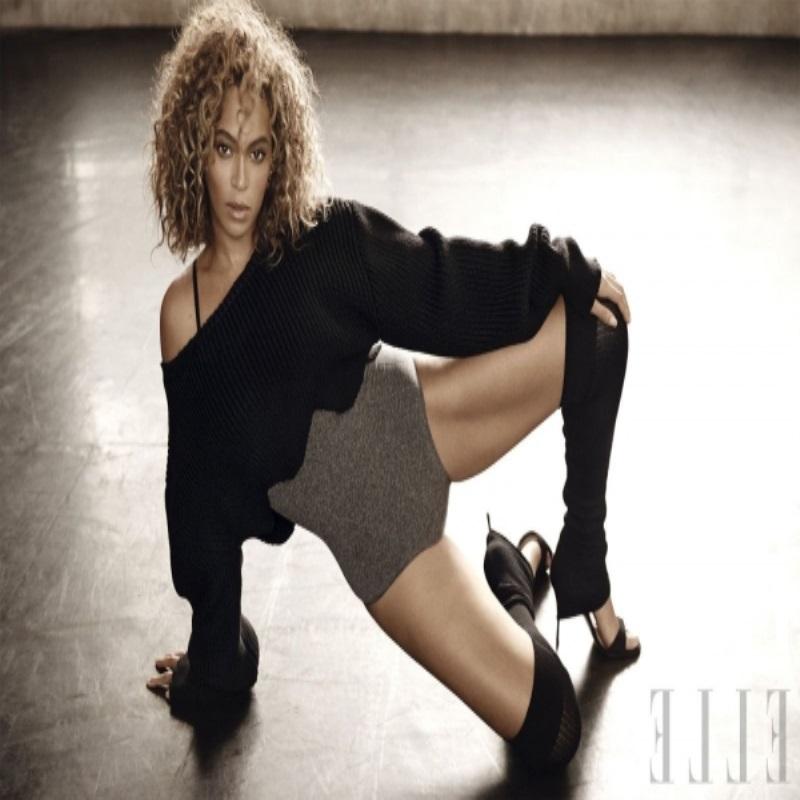 Бейонсе позирует в танце для Elle