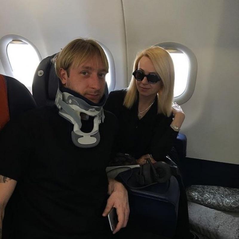 Плющенко и Рудковская отвезли сыновей на Мальдивы