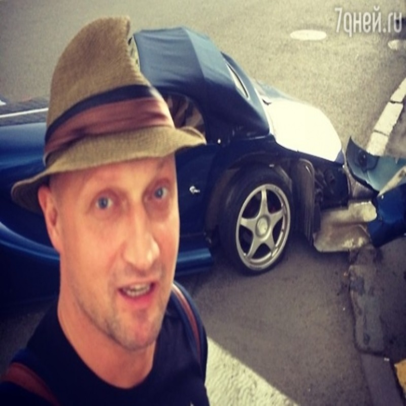 Гоша Куценко восстановил спортивный автомобиль после аварии