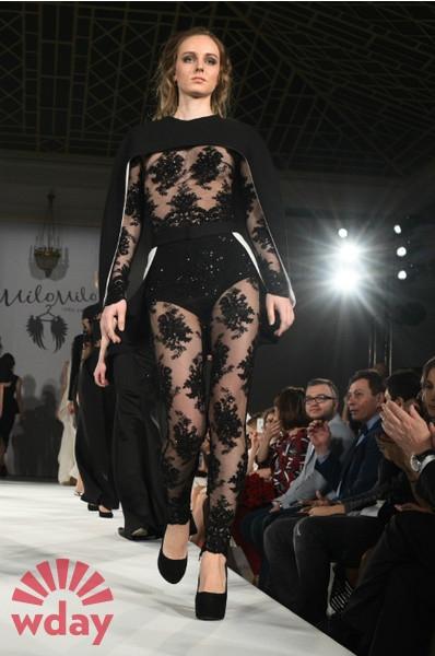 Юлия Барановская сразила публику «голым» платьем