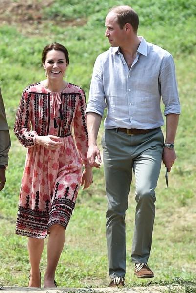 Кейт Миддлтон надела платье за 7000 рублей